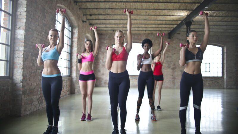 Kom i form derhjemme med det rigtige træningsudstyr
